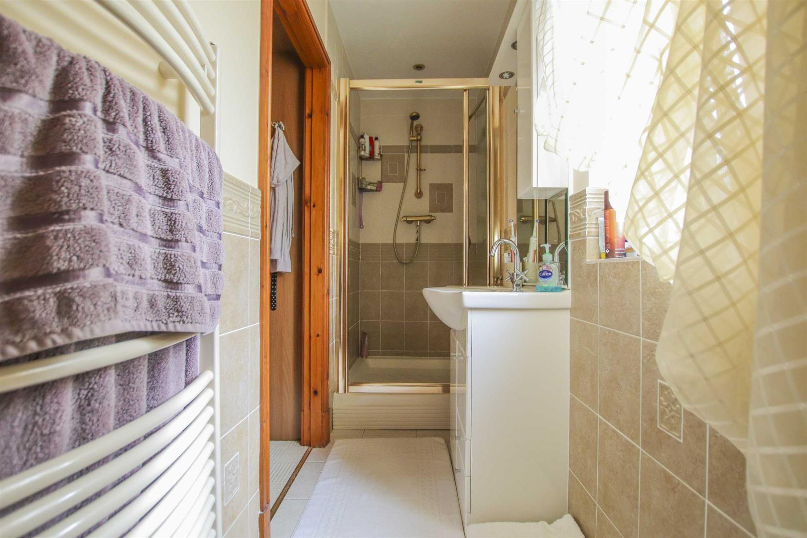 5 Bedroom Detached House For Sale - Image 12